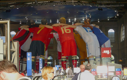 Statues for Euro 2008