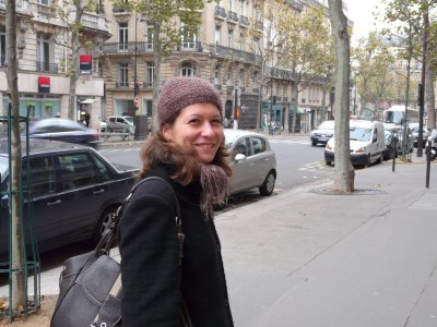 Aude seems happy to be back in Paris, and looks right at home...